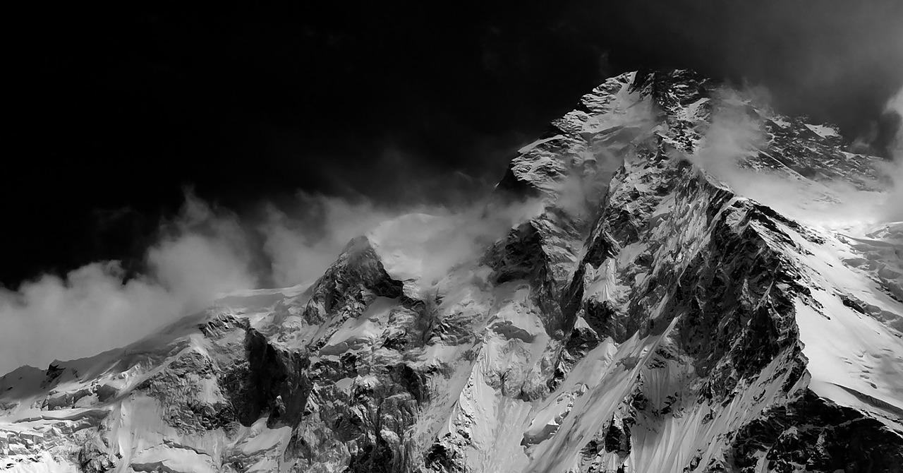 mountains-652136_1280